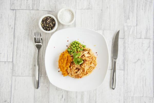 Buffalo Chicken w Mash & Peas